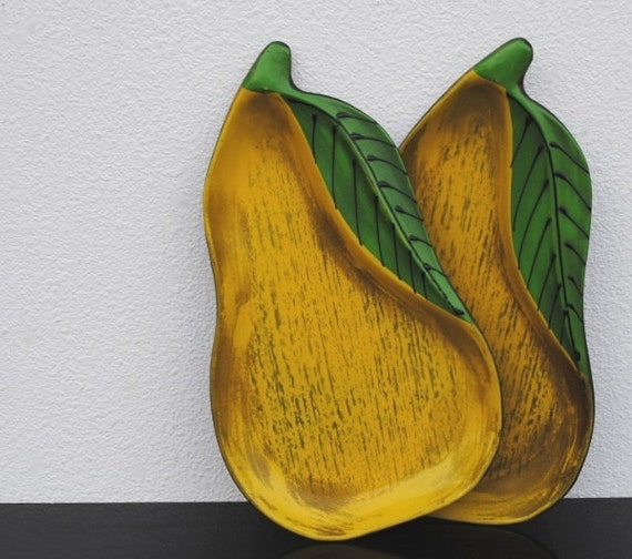Vintage Lacquer Tole Tray Yellow Pear Fruit, Kitchen Decor Plates