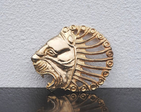 1970s Disco Gold Belt Buckle Lion Head, Womens Vintage Fashion Zodiac Leo the Lion