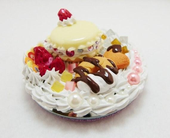 Decoden sweet treats mirror