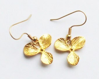 Earrings Orchid Charms in Gold, Ideal for Brides, Bridesmaids