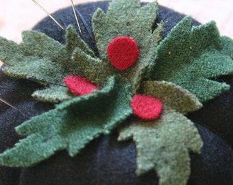 Holly Jolly Pin Cushion