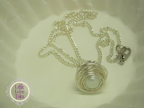 Bird Nest Necklace with an Ivory Faux Pearl - FREE USA SHIPPING