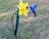 Hummingbird and Daffodil garden sculpture