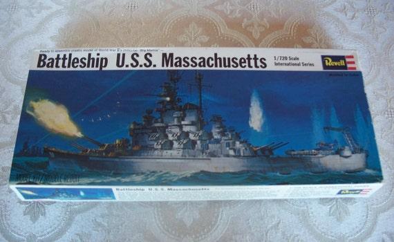 Revell 1969 USS Massachusetts Battleship Plastic Model