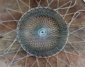 Vintage collapsable wire egg basket - Free shipping in USA