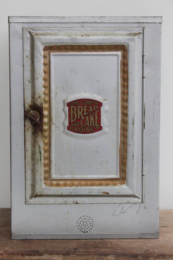 Vintage Industrial Metal Tin Bread Cake Or Pie Safe Box
