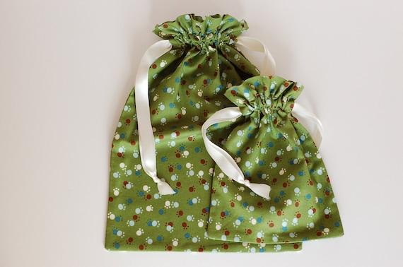 Set of 2 Reusable Fabric Gift Bags / Multi-purpose Drawstring Bags (Small & Medium Sizes)