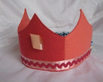 Birthday Crown in Salmon and Pinkish Red, Waldorf-style Wool Felt Crown