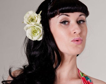 Now, Voyager Tonal Green Rose Duo Hair Clip