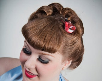 Now, Voyager Lil Sequin Wing Bird Hair Clip-Red