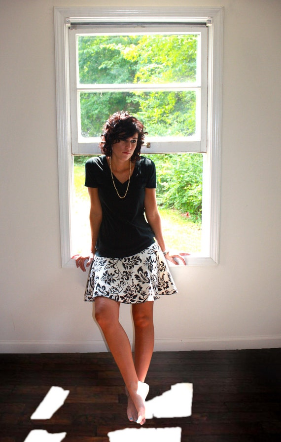 CLEARANCE SALE - Twirl and Flirt Skirt. one of a kind. beige and black damask print. above knee length. Size Small.