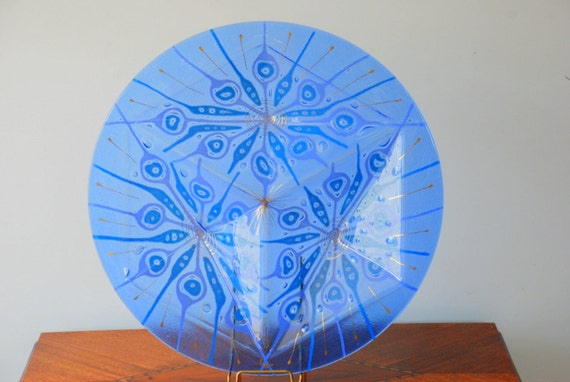 SALE Midcentury Higgins Art Glass Plate Blue Peacock Pattern