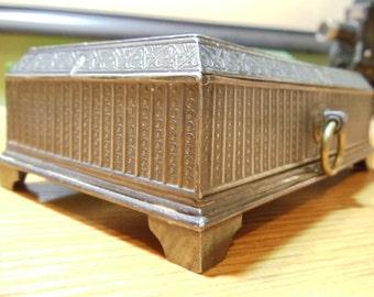 Meriden Quadruple Silver Plate Box