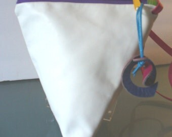 Origami Triangle Shoulder Bag White