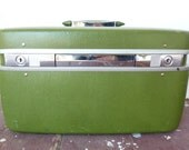 Vintage Samsonite Horizon Train Case, Avocado Green, 1960s