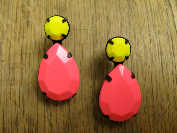 Day Glow Pink and Neon Yellow Faceted Opaque Stone Stud earrings in Black Setting