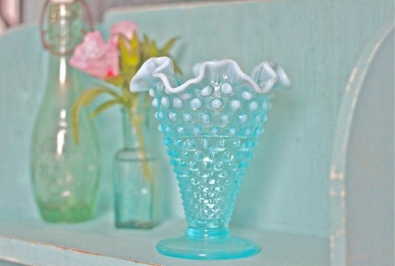 Fenton Hobnail Aquamarine Blue Glass Vase