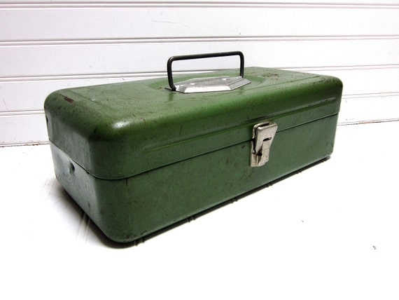 Vintage Green Victor Toolbox Chippy Paint Metal Storage Box Industrial Rusty Patina