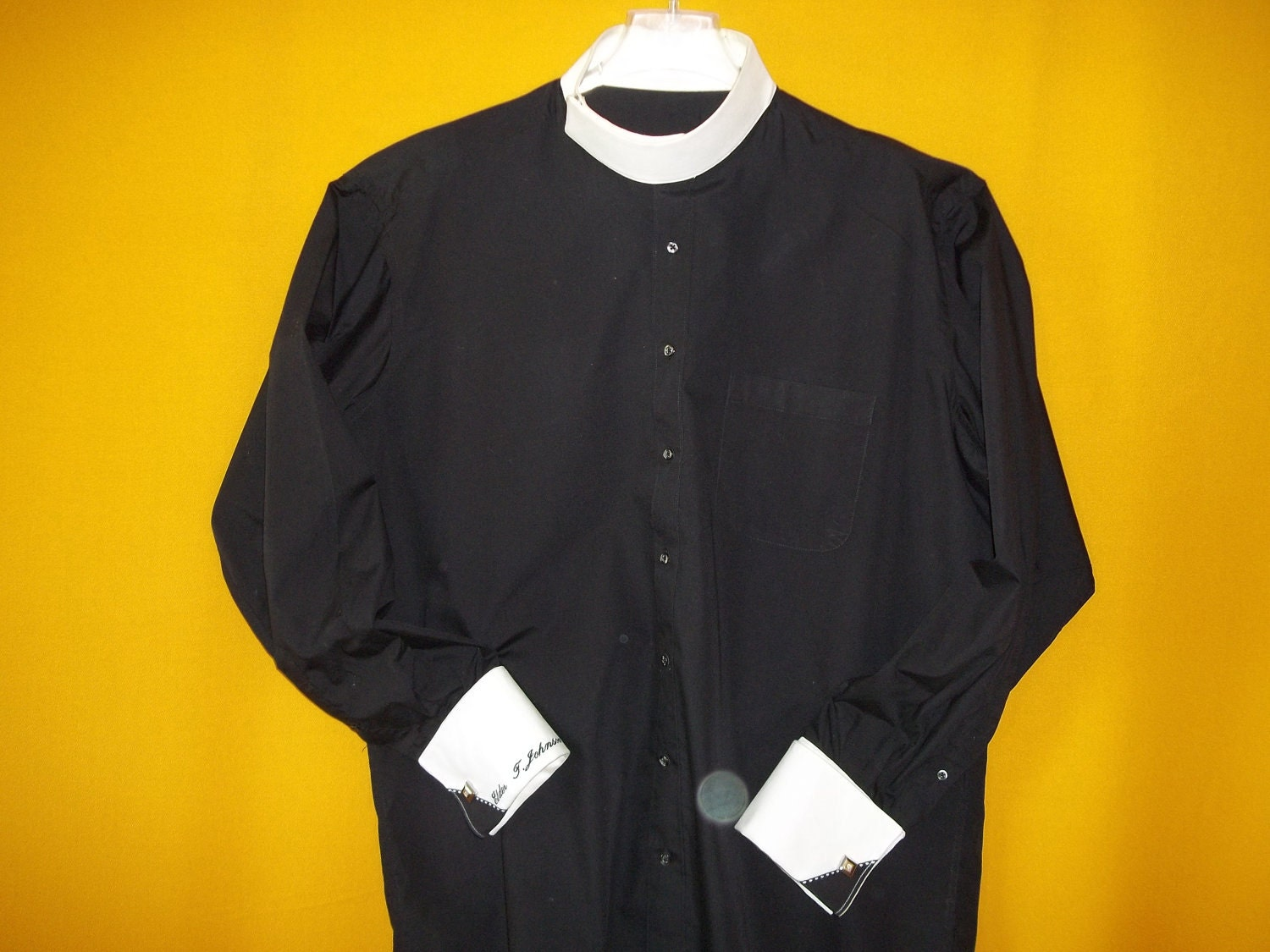 custom hand made clergy collar shirt with side snap pontiff