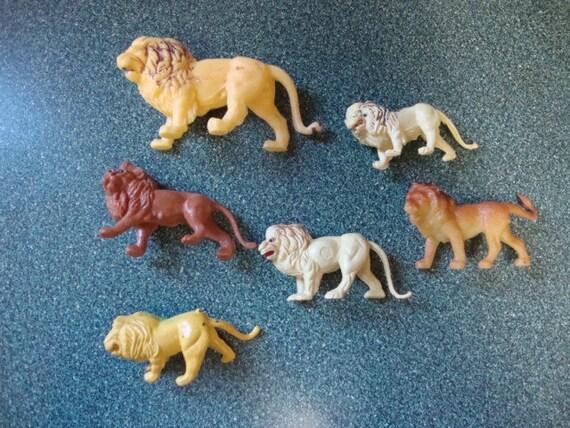A Pride of Lions:  6 VTG Plastic Mini Toys