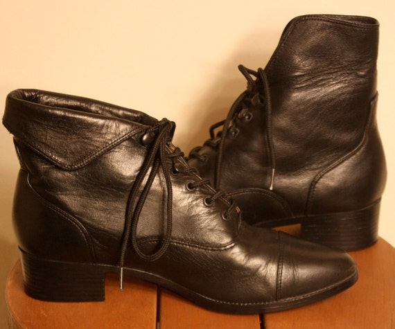 Vintage 80s Boots/ Black Leather / Maine Woods brand / Size 5.5 to 6
