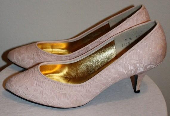 Vintage 80s Heels/ Lace/ Pale Pink/ Size 8