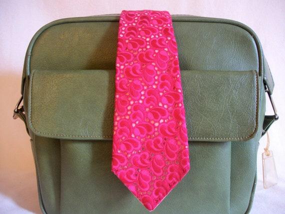 Men's vintage necktie, hot pink swirly eyelet fabric, 1970's groovy, funky, bright, by DJF Modern Trend.