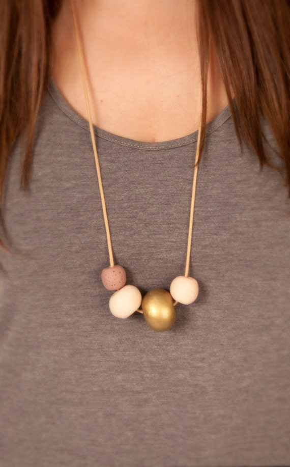 Rounded Neutral Necklace