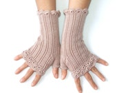 "Woman Fingerless Gloves "" Lacy Style"" - Old Rose  - Yarn Hand Dyed"