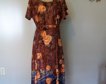 SALE 60s Maxi Dress Novelty Print Psychedelic Floral Sunset Peach Rose Spanish Style Dress and Jacket  (( Size Medium to Large )) Trench