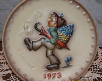 Hummel Collector Plate by Goebel 3rd Annual 1973, Hand Painted