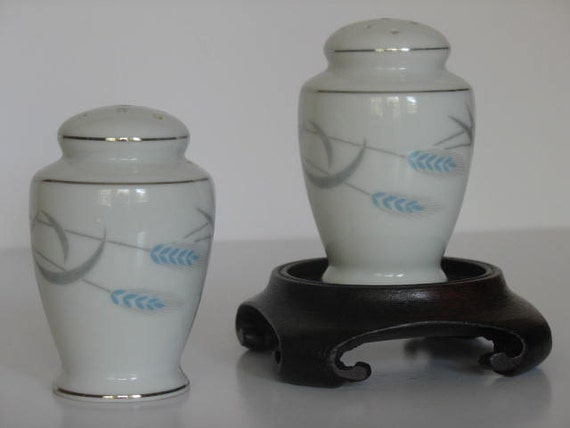 Royal Wheat Salt and Pepper Shakers