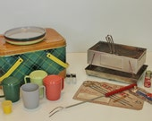 Mid Century Metal Picnic Set In Yellow and Green Plaid