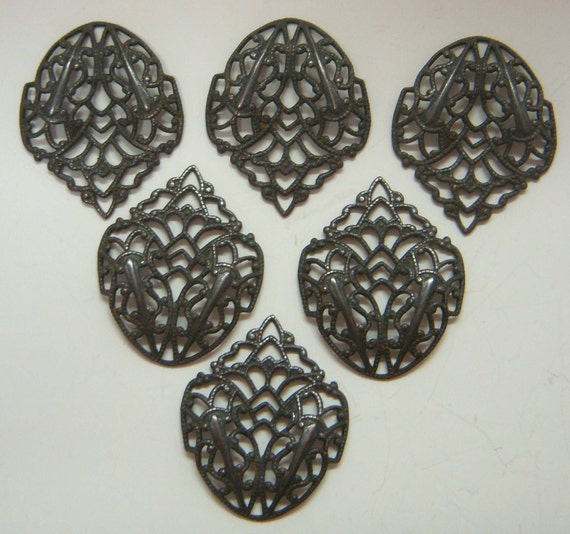 Funky Filigree Centerpieces from B'sue Boutiques, Rusty Black Brass, Six Pieces, Item09151