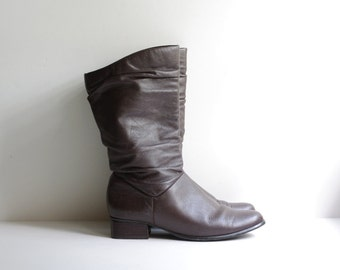 BUTTERY soft brown leather boots 6M 1980s