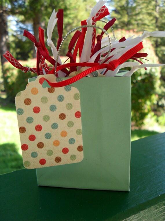 Gift tag/hang tag/price tag/poka dot/28 count