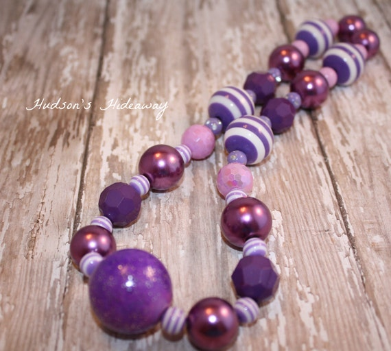Purple passion bubblegum bead chunky necklace  READY TO SHIP