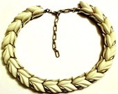 Kramer Lucite Thermoset Necklace Choker: Cream Leaf Design