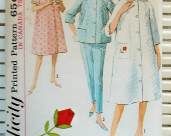 1960s Vintage Simplicity Pattern Womens