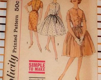 1960s Vintage Simplicity Pattern Junior Petite Dress