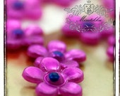30 PCS X 10mm Small Mini Tiny Hot Pink Flower Daisy Cabochon Resin Flat back  -Deco den  Nail Art Jewelry Acrylic Craft Supplies (GM.FL01H)