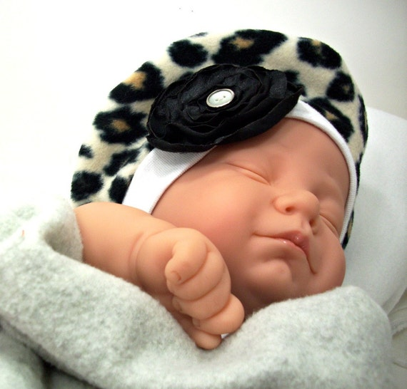 Nov 09, · Cute Roll Brim Baby Beret Soft, stretchy, and oh, so comfortable this knit baby beret in the new style that is so popular and the height of fashion. Your baby girl will be stylin in this hat whether riding in the stroller, or napping in the car seat!