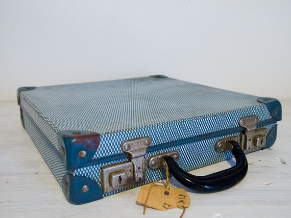 sky blue checkered globemaster vintage suitcase, perfect for records