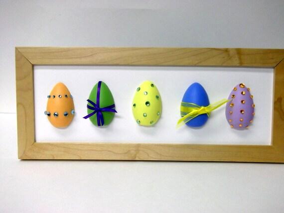 FREE SHIPPING!  Easter Egg Picture Frame - Multimedia Art - Easter Decor