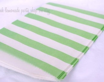 MeDiUM SiZe STRiPeD PaPER BAGs-- Green --party favors--gifts---weddings--showers--20ct
