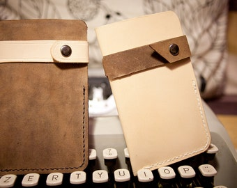 Leather iPhone Case fits  4 / 3GS, Vegetable Tanned Leather - Free Monogramming