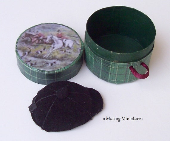 English Huntcap and Hatbox Set in 1 Inch Scale for Dollhouse Miniature or Classic Model Horse
