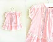 vintage 1930s 40s dress : LACE TRiMMED pink cotton (12mo)