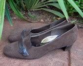 Vintage suede women's shoes. Around 1940's. Near new condition. Selberite Manfield Active Wear Australian 8 - 8 1/2 size shoe