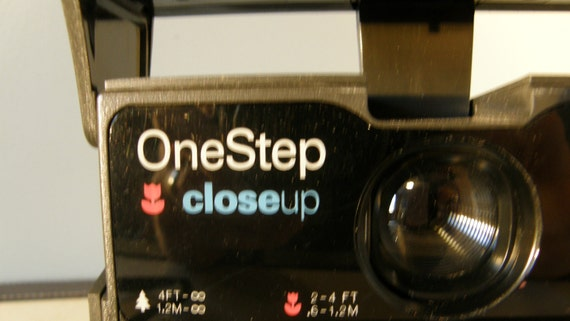 POLAROID ONESTEP camera///1980s classic instant camera///working condition